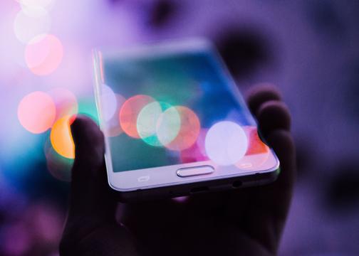 modernes Webdesign Smartphone Responsive Design