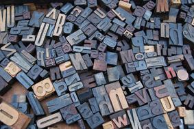 Textgestaltung Schrift Typografie